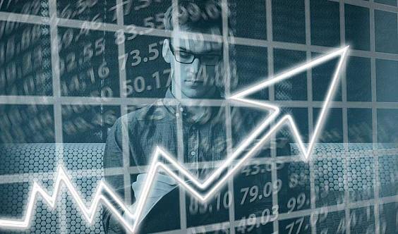 《增长黑客》低成本实现爆发式增长