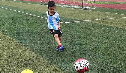 互动吧-新起点足球第6期未来星幼儿园暑假特别班开班啦!