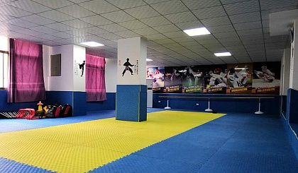 互动吧-全城招募5岁以热爱跆拳道的儿童,暑假免费培训